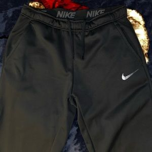 Nike Dri-FIT Therma Men's Tapered Training Pants
